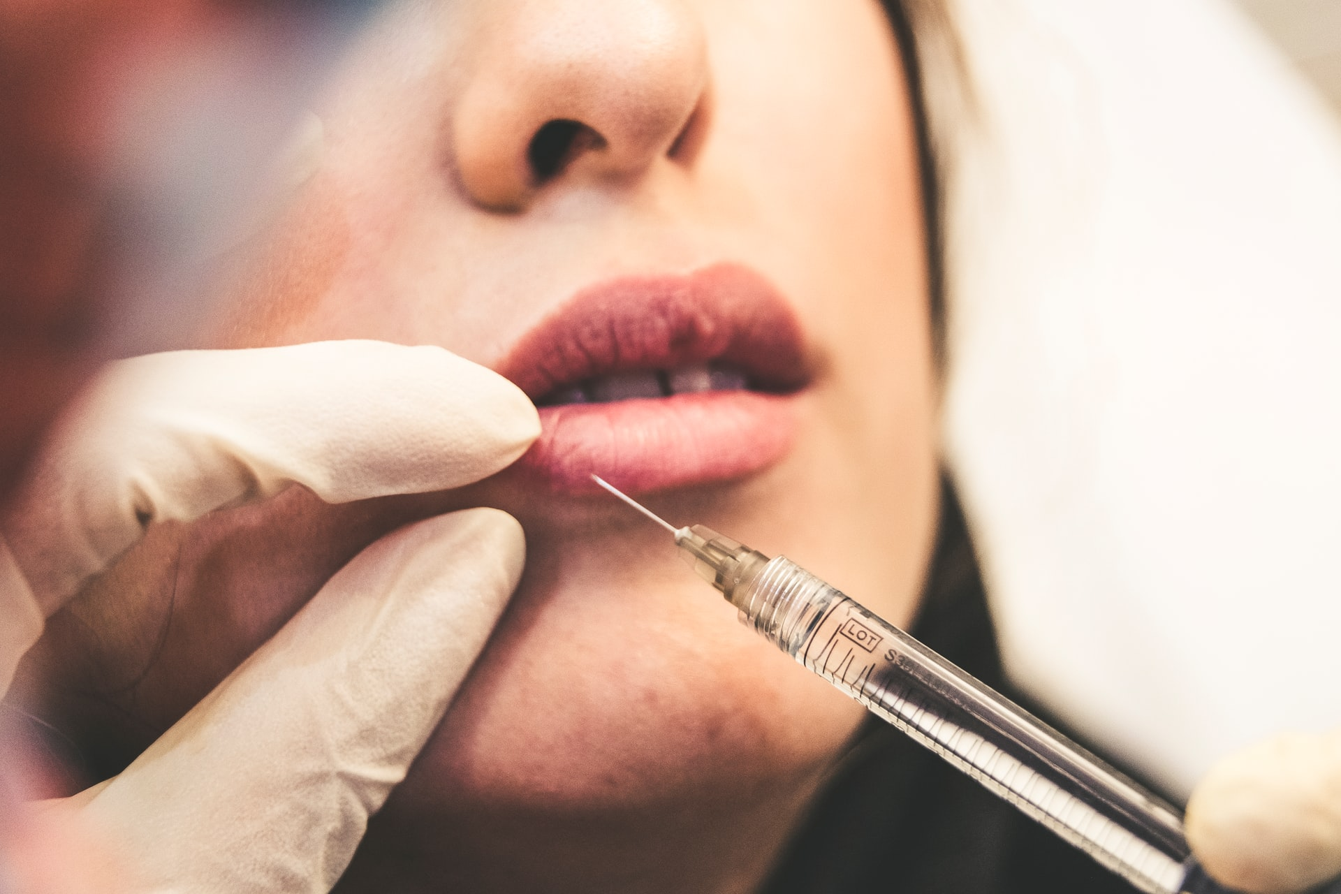 Botox – Usage, Procedure, and Possible Side Effects